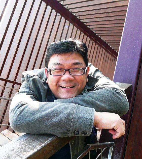 暖時光沙龍:《中年大叔的小革命:一個媒體人的社會實踐與觀察》